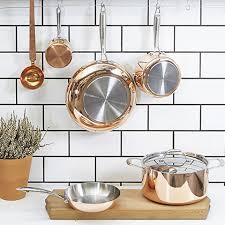 batterie de cuisine en cuivre casserole en cuivre blomsterberg deco en cuivre