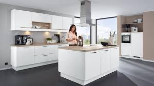 moderne landhauskche mit kochinsel grifflose küchen dassbach küchen moderne küchen mit insel