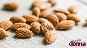 alimenti fanno bene ai capelli qual 礙 l alimentazione adatta per combattere la caduta dei capelli