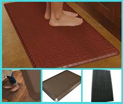 best kitchen mats for hardwood floors tiny kitchen divas