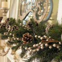 hang garland on mantle decore
