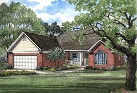 100 split foyer house plans wainbridge colonial home plan