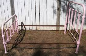 vintage iron bed design how to paint a vintage iron bed u2013 modern
