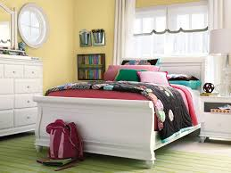 Canopy Bedroom Sets by Twin Canopy Bedroom Sets Save Some Money With Twin Bedroom Sets
