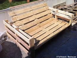 canap en palette de bois canape en palette le canap 3 places en palettes bois palette