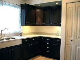 what type paint to use on kitchen cabinets painting kitchen cabinets type paint of repainting to use when