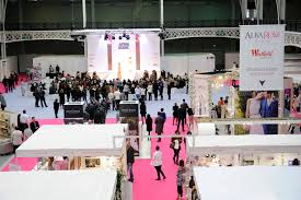 wedding show bridal show vs live wedding experience www wolfoakacres home