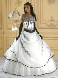 robe de mari e noir et blanc robe de mariée et blanche idée mariage