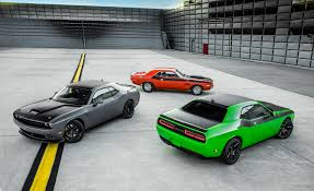 images of dodge challenger 2017 dodge challenger pictures photo gallery car and driver