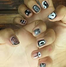 22 dope nail designs so you can dress your digits up for halloween