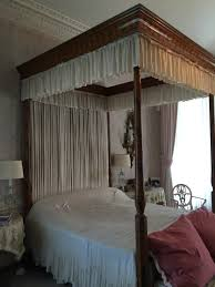 wales the bedrooms were completely redecorated in the epitome of 1930s country house comfort and style i ll take the pink one please