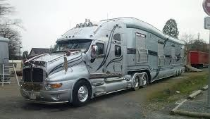 Seeking Trailer Troll Luxury Tractor Trailer Made By Luxury Foretravel Motor Coach They