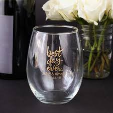 wedding favor glasses personalized 15 oz stemless wine glass wine glass and wedding