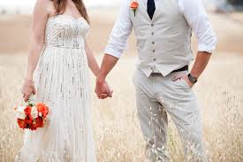 what to wear to a country themed wedding rustic ranch wedding with an orange blue colour palette