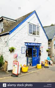 house gift the watch house gift shop cadgwith cornwall uk stock photo