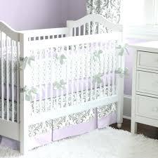 chambre bébé blanche pas cher tour de lit blanc pas cher chambre bebe violette et blanche tapis