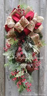 Handmade Outdoor Christmas Decorations Best 25 Christmas Swags Ideas On Pinterest Christmas Outdoor