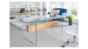 table bureau verre bureau design en verre et chêne hedving mélange des matières