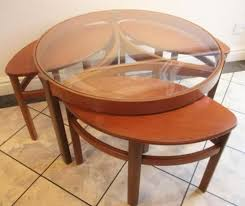 glass coffee table nest 25 ide terbaik round glass coffee table di pinterest