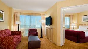 2 bedroom suites in hollywood ca santa monica hotels doubletree suites santa monica ca