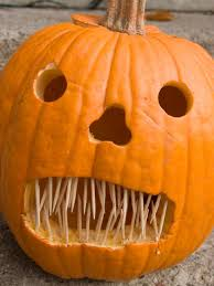easy pumpkin carving ideas 22 traditional pumpkin carving ideas pumpkin carvings halloween