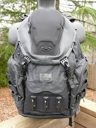 NEW OAKLEY KITCHEN SINK Pack Stealth Black Backpack SI  Laptop - Kitchen sink bag