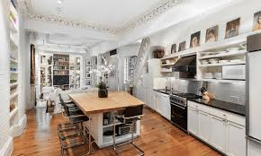 asking 10 75m this gorgeous 1850s townhouse is surrounded by the