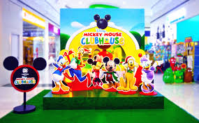 mickey mouse clubhouse centerpieces sm supermalls christmas disney mickey mouse clubhouse christmas