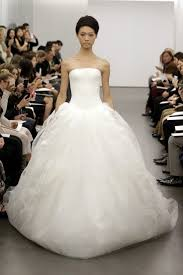 vera wang wedding dresses 2010 a simple guide for different wedding dress styles