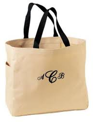personalized bags for bridesmaids seven bridesmaid gift bridesmaids gift ideas personalized gifts