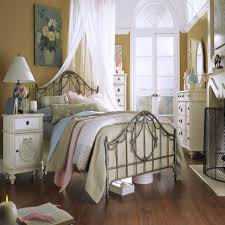 shabby chic bedroom chair design ideas for small bedrooms