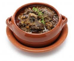 cuisiner le jarret de boeuf jarret de boeuf au poivre peposo recette de jarret de boeuf au