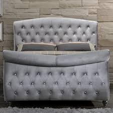 Tufted Headboard Footboard Meridian Furniture Hudson Sleigh K Hudson Grey Velvet King Sleigh