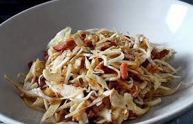 cuisiner du chou blanc salade de chou blanc au vinaigre chaud recette dukan pl par