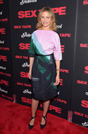 who wore vionnet better cameron diaz at l a tape screening