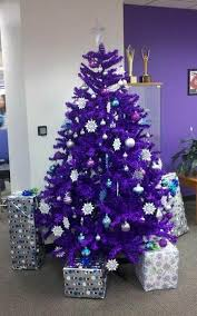 Christmas Decorations Blue And Purple by 35 Breathtaking Purple Christmas Decorations Ideas All About