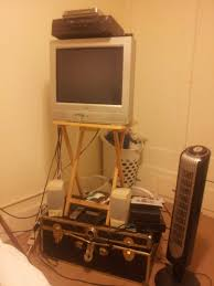 my bedroom tv stand with stereo sound thereifixedit