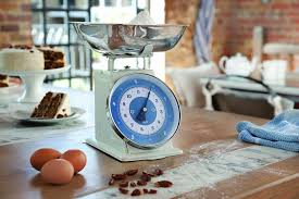 jamie oliver jc4301 old cream scales amazon co uk kitchen