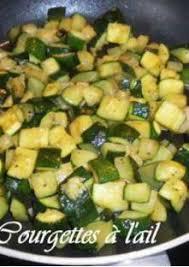 cuisiner courgettes poele courgettes à l ail