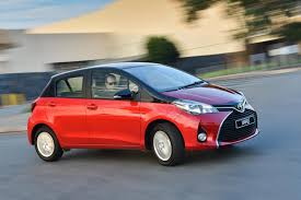 toyota yaris paint toyota adds 2 tone paint option to yaris line up cars co za