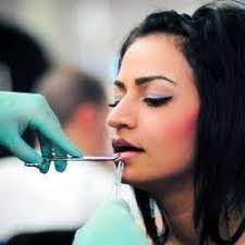 piercing limba piercingul un trend printre adolescenti