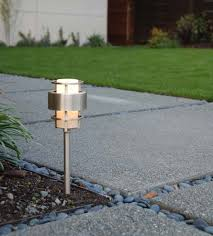 Hinkley Landscape Lighting How The Front Yard Came Together A House By The Park