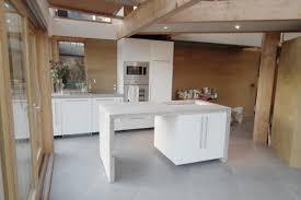 prix d une cuisine avec ilot central comment faire un ilot central maison design bahbe com