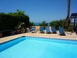 chambre d hotes ciboure annonce n 1960 chambre d hôtes à ciboure avec piscine et vue mer