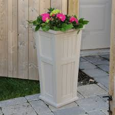 Tall Plastic Planters by 141 Best Resin U0026 Plastic Planters Images On Pinterest Plastic