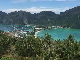 travel addict on a budget day 12 u0026 13 phi phi island the long