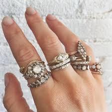 vintage weddings rings images Get your vintage feeling by wearing antique wedding rings jpg