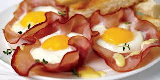 que cuisiner avec des oeufs recette œufs cocotte au jambon facile jeux 2 cuisine
