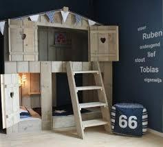cabane dans chambre kid une cabane dans sa chambre félicité