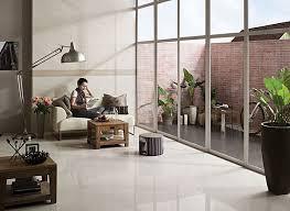 weiãÿe fliesen wohnzimmer 38 ideen für weißes wohnzimmer wohnideen mit reinheit und